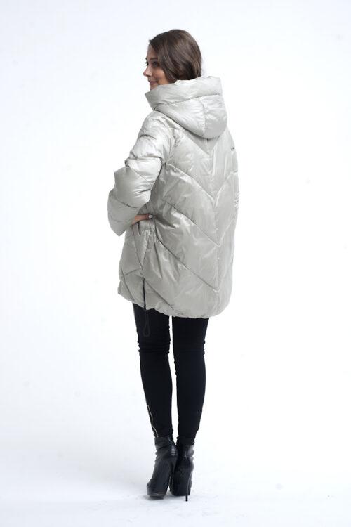 nik 0084 2 2 500x750 - Куртка 52022 молоко, красный