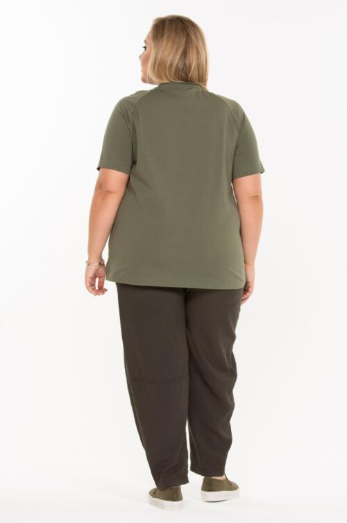 i1067 1581925527 3 500x753 - Блуза хаки с принтом